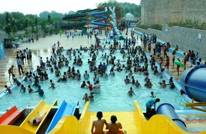 escape water park
