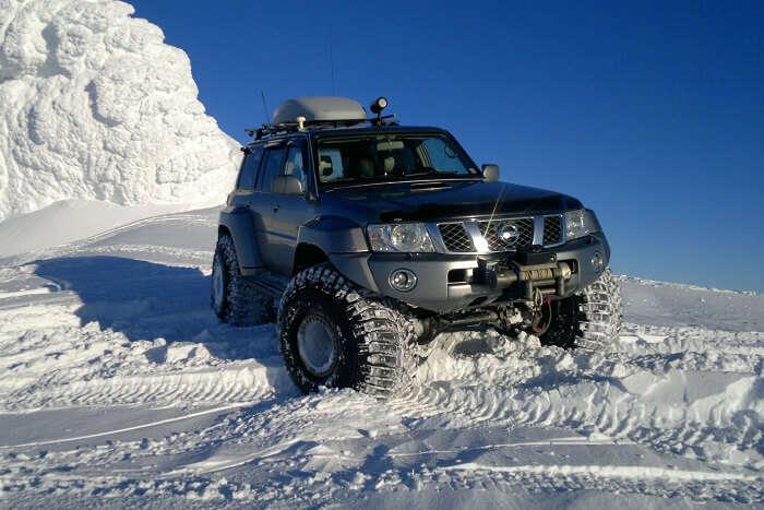 iceland super jeep