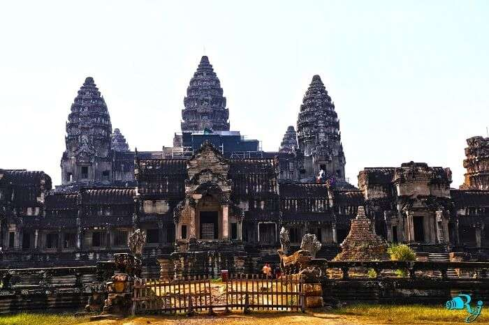 angkor wat temple view