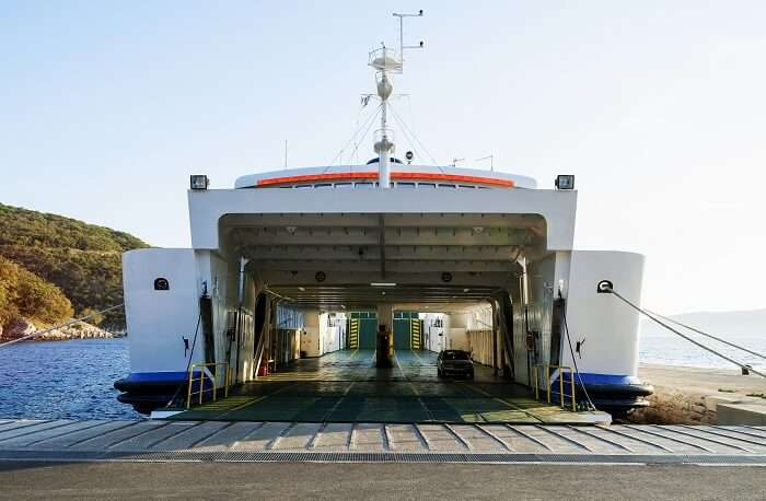 Ro-Ro Ferry Service From Mumbai to Alibaug