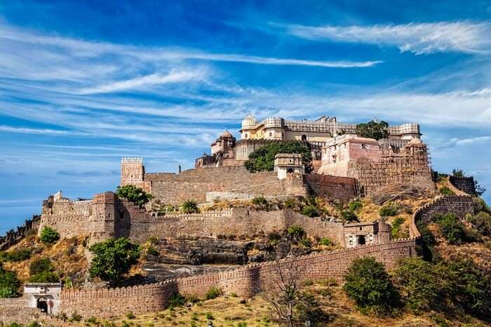 kumbhalgarh fort overview look
