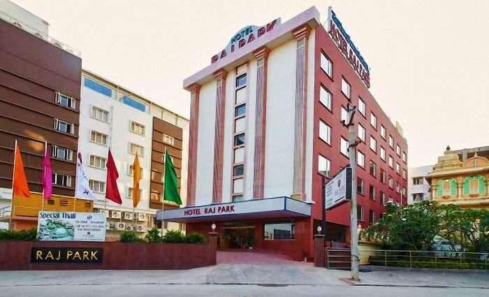 Hotel Raj Park