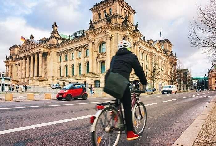 Cycle down Berlin's alleys