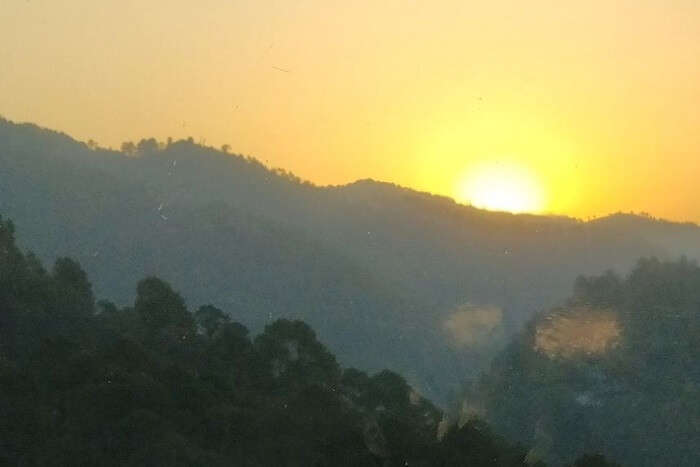 priha dhanaulti weekend trip: sunrise