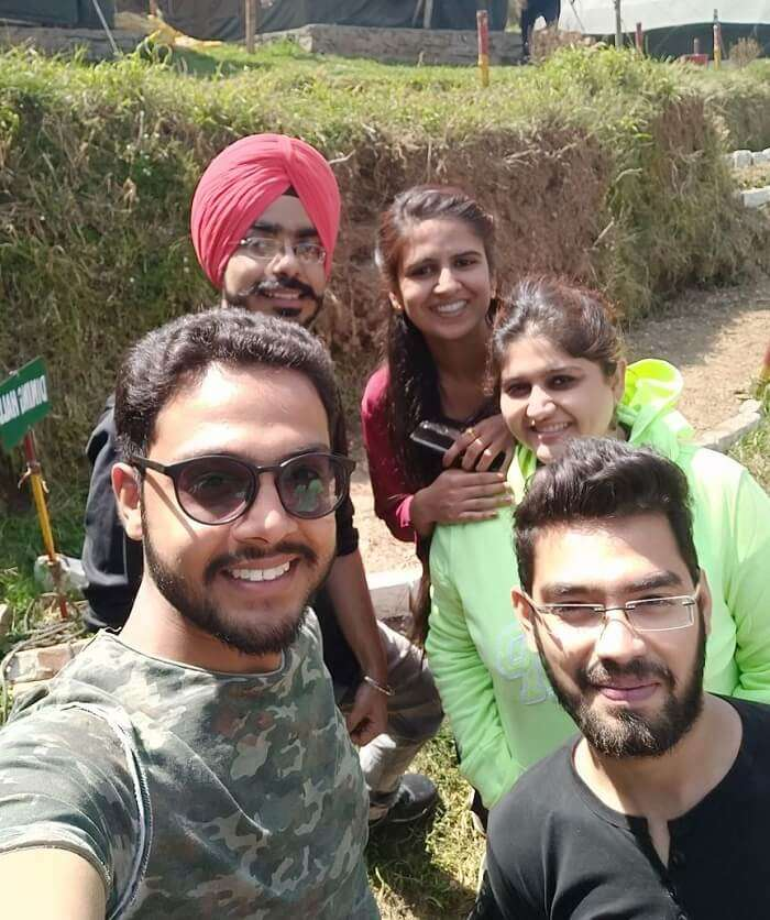 priha dhanaulti weekend trip: with new friends