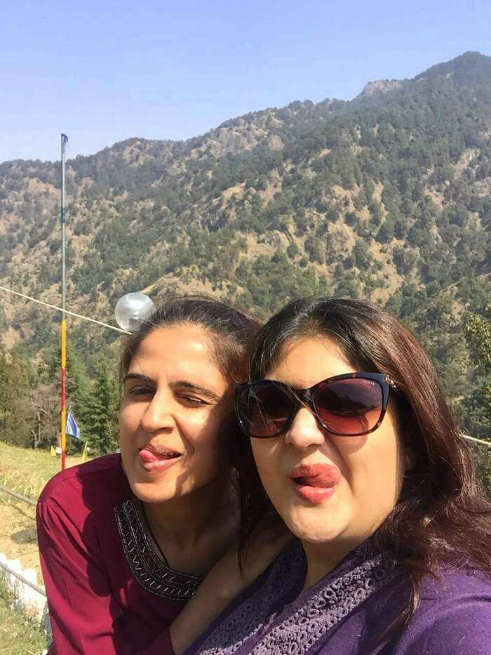 priha dhanaulti weekend trip: groupfie