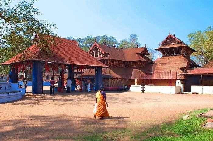 Kodungallur Sree Kurumba Bhagavathi Temple thrissur