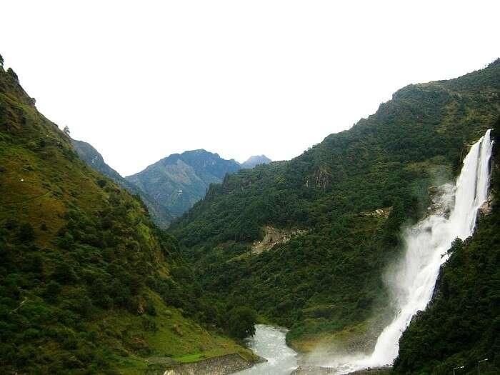 Narurang Falls In Tawang