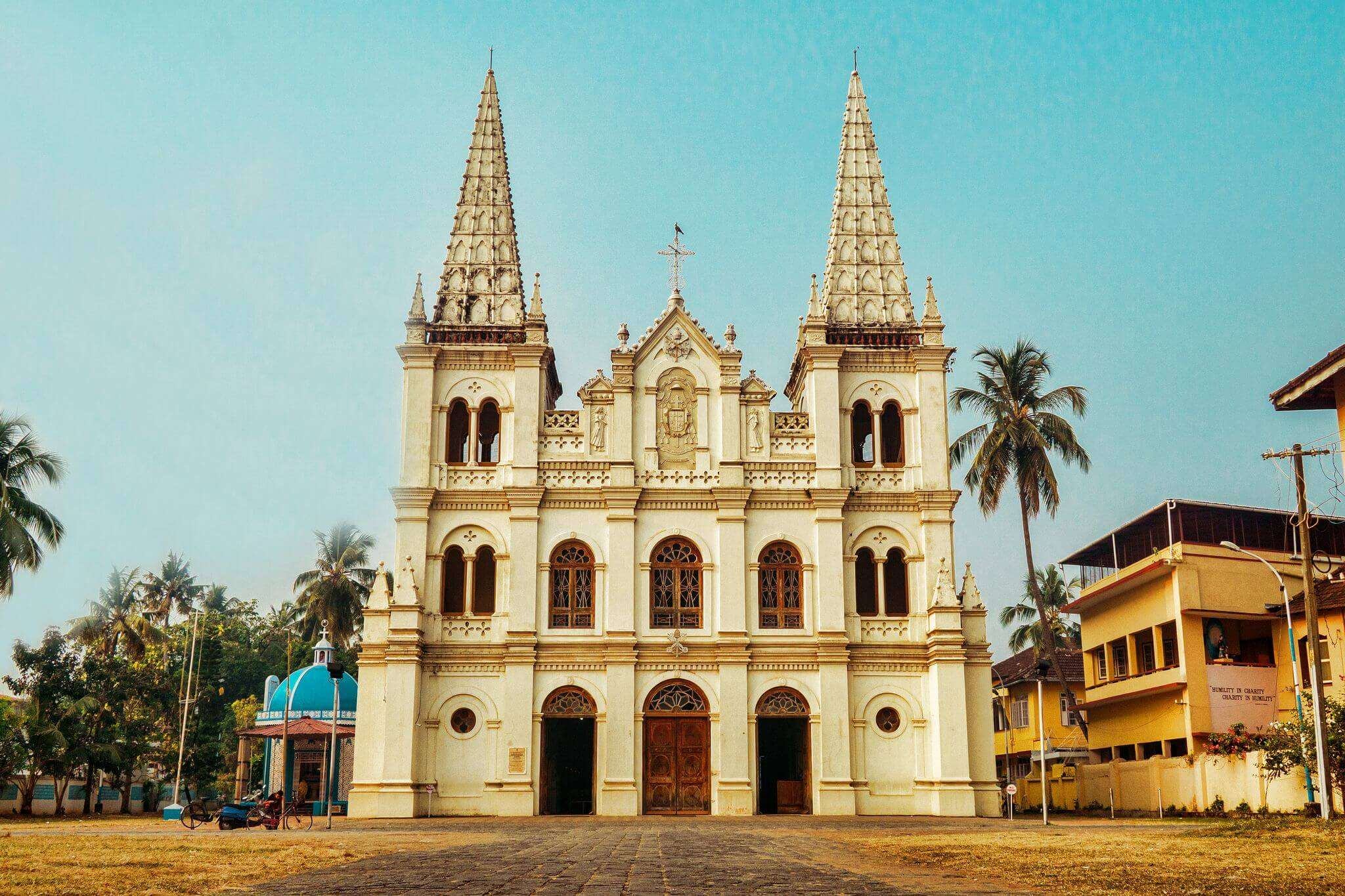 Santa Cruz Basilica kb6592