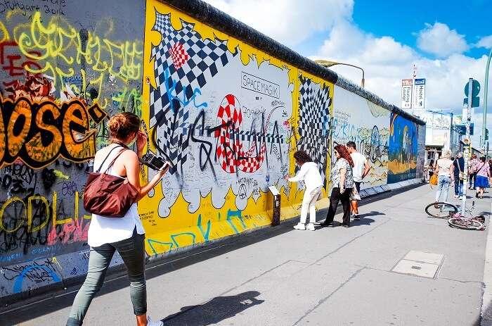 Walk down the East Side Gallery Berlin