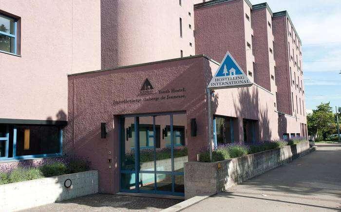 acj-1704-hostels-in-switzerland (10)