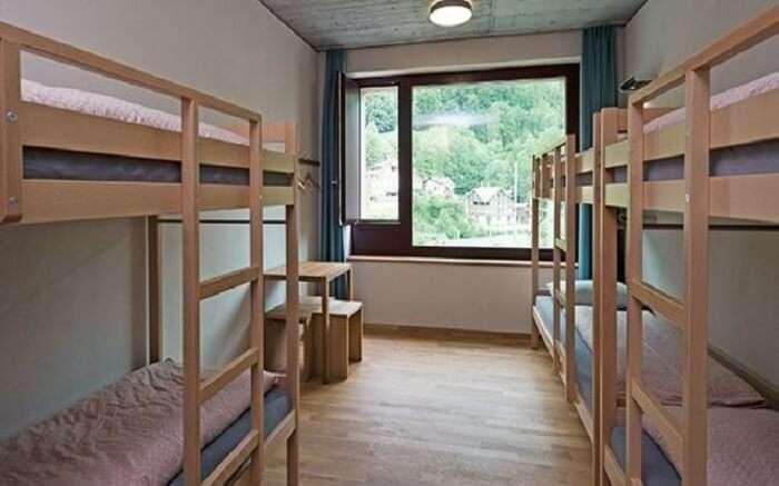 acj-1704-hostels-in-switzerland (19)