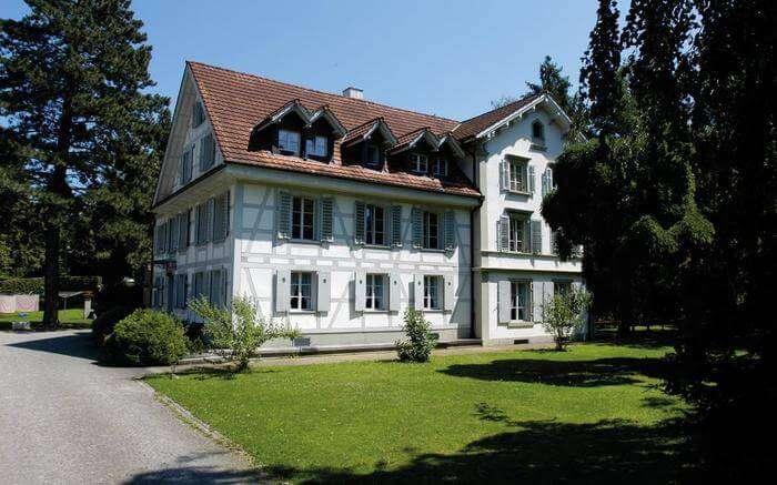 acj-1704-hostels-in-switzerland (8)