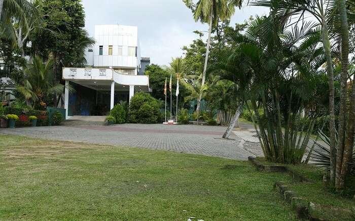 acj-2604-hotels-in-galle (1)