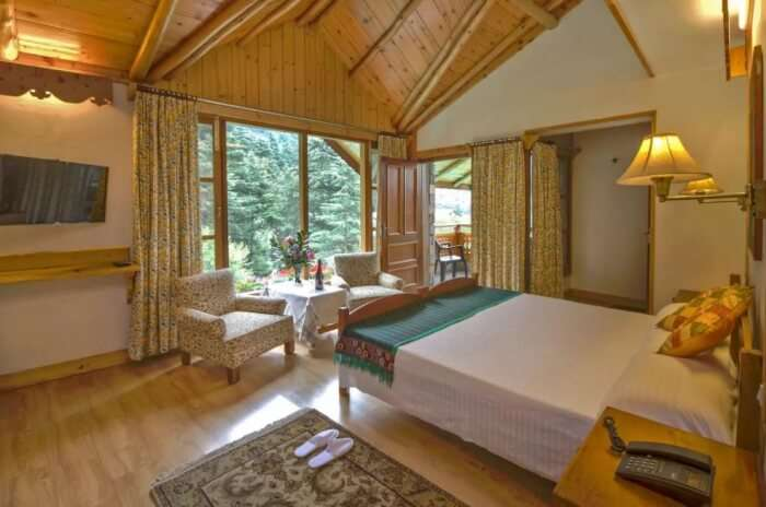 forest view homestay