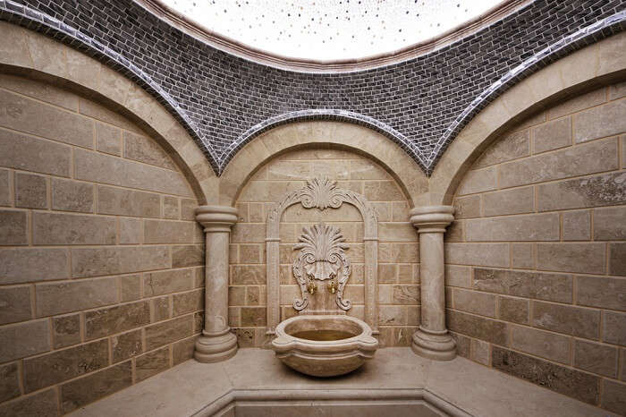 the famous turkish bath houses