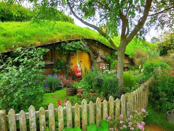 a fenced house of hobbiton