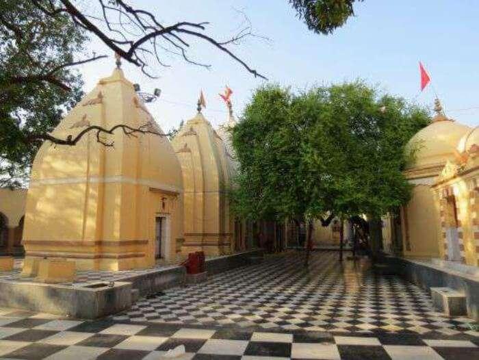 Peer Kho Temple in Jammu