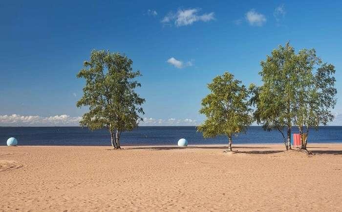 Beach Laskovy, Solnechnoe