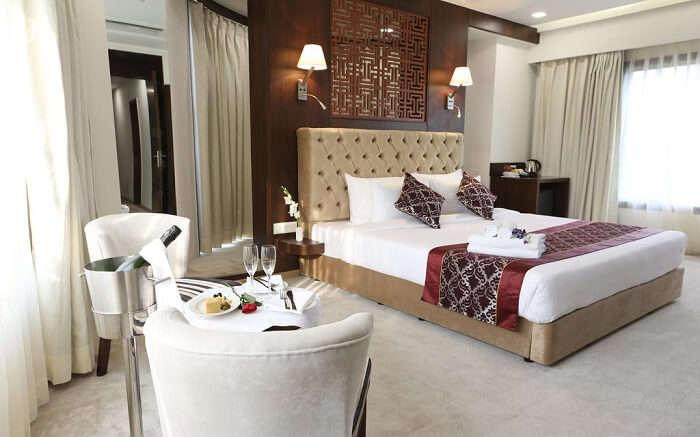 Clarks Inn Suites ss09052018