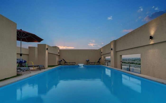 Click Hotel ss14052018