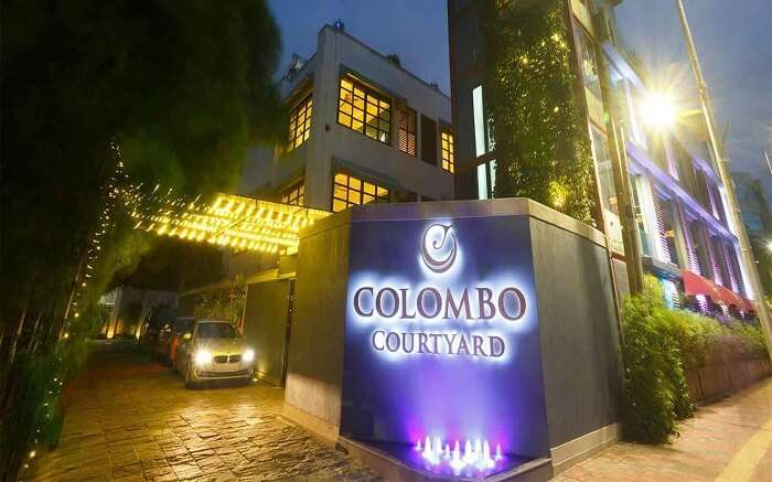 Colombo Courtyard ss01052018