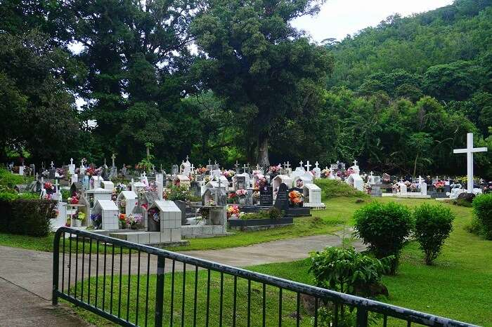 tushar seychelles honeymoon trip: cemetery