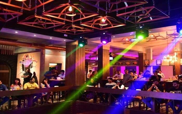 Delve into the Hyderabad nightlife with these 8 exquisite clubs and bars