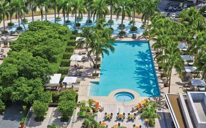 Four Seasons Hotel Miami ss10052018