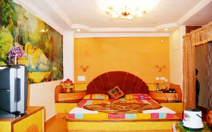 Hotel Utkarsh - Perfect for honeymooners and leisure travellers ss09052018