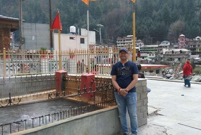 kuldeep manali honeymoon trip: manikaran temple hot spring