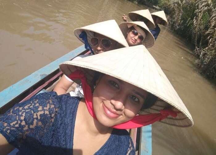pallavi vietnam family trip: boat ride