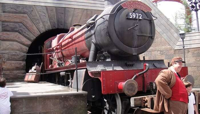 Ride the Harry Potter train