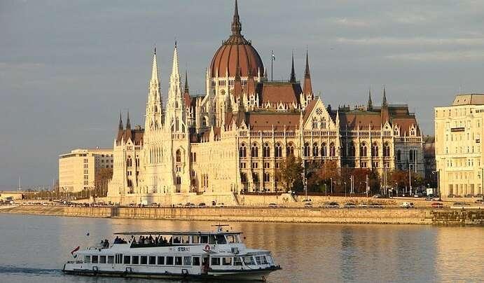 enjoy in this Vienna