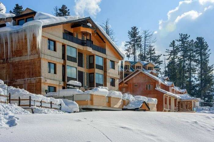 stay at The Vintage Gulmarg kashmir