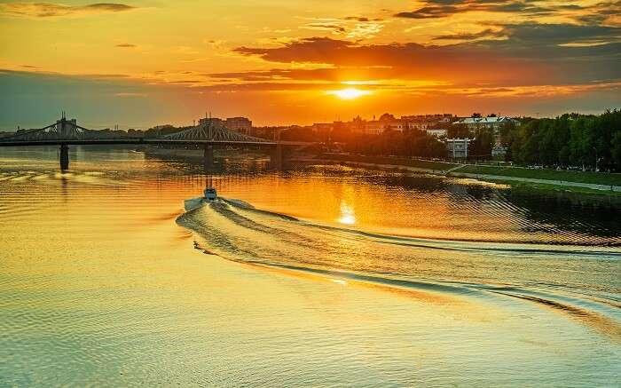 Volga River OG ss14052018