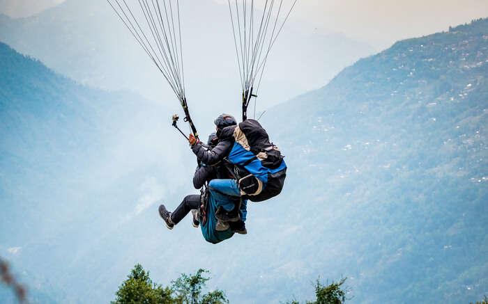 Paragliding In Fatru Manali