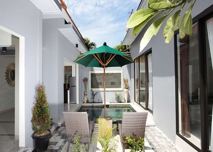Pool area in Bahagia villa