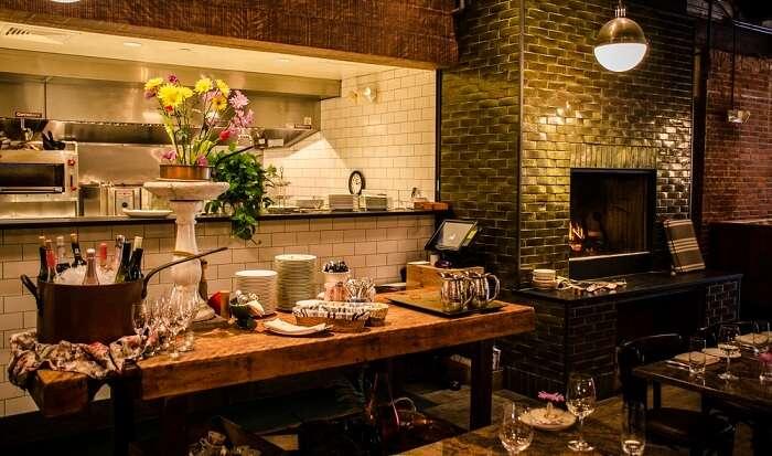 cozy farmhouse style restaurant