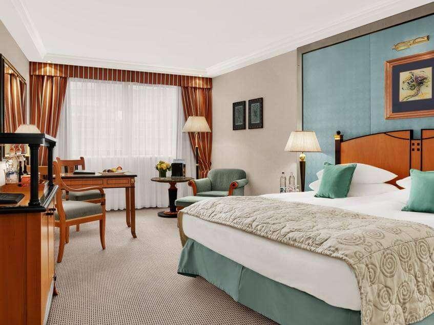 a gorgeous room of Kempinski Hotel Corvinus