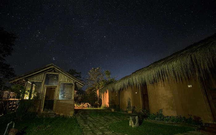 Deshadan Eco-Valley Resort at night