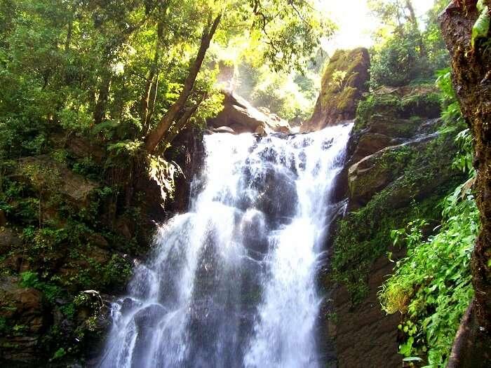 Hanumanagundi Falls