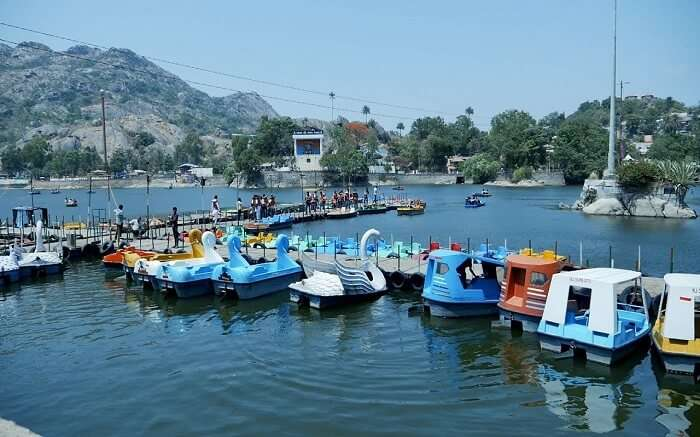 Indulge in retail therapy at Nakki Lake Market