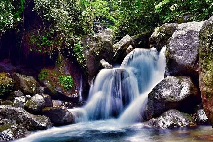 Mawsmai Falls cherrapunji meghalaya