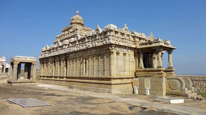 Shravanabelagola places to visit near Kerala