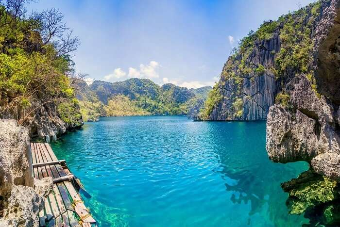Swim at the Barracuda Lake in Philippines