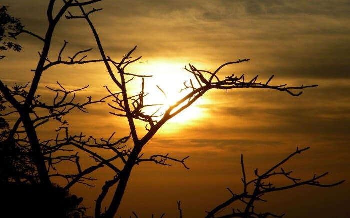 Watching sundown at Sunset Point s