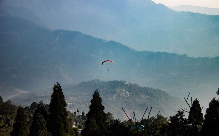 acj-0506-paragliding-in-kalimpong (7)