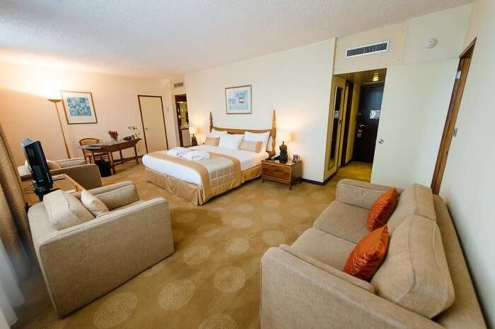 carlton suite