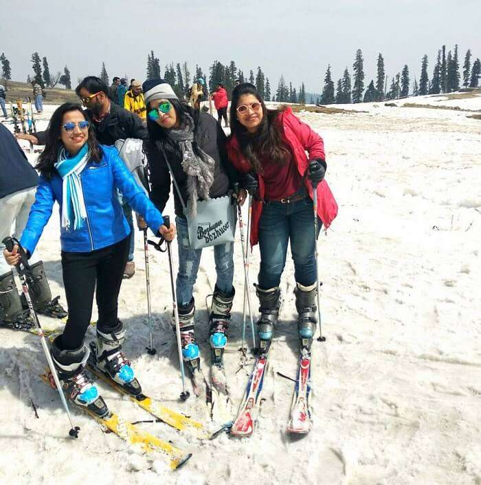 Skiing in Kashmir